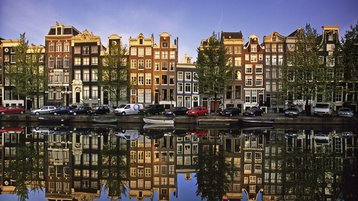 Amsterdam Is Back in the Data Center Business