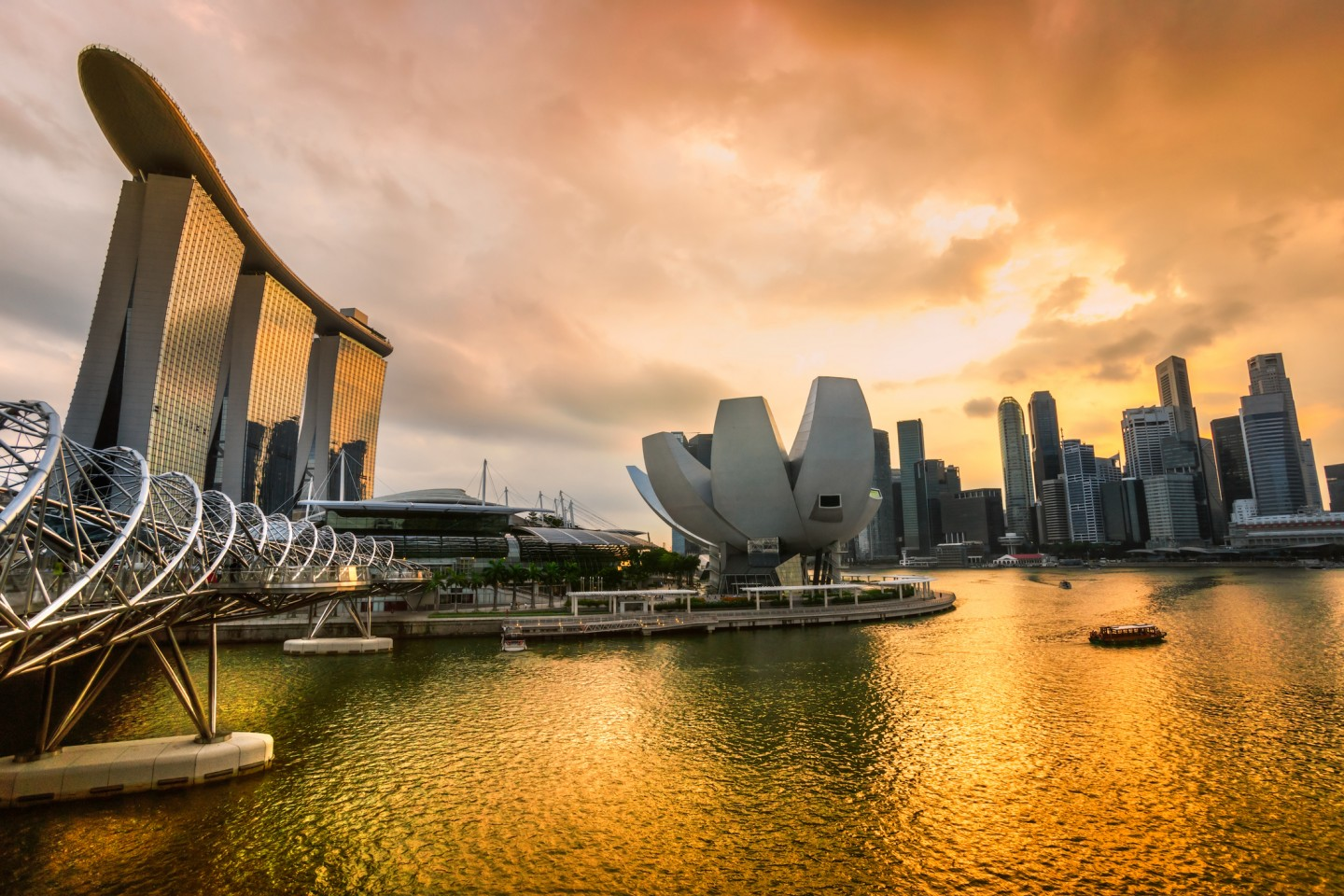 Experience Datacloud Asia 2017 Where Deals Are Made in the Asia-Pacific Data Center and Cloud Community