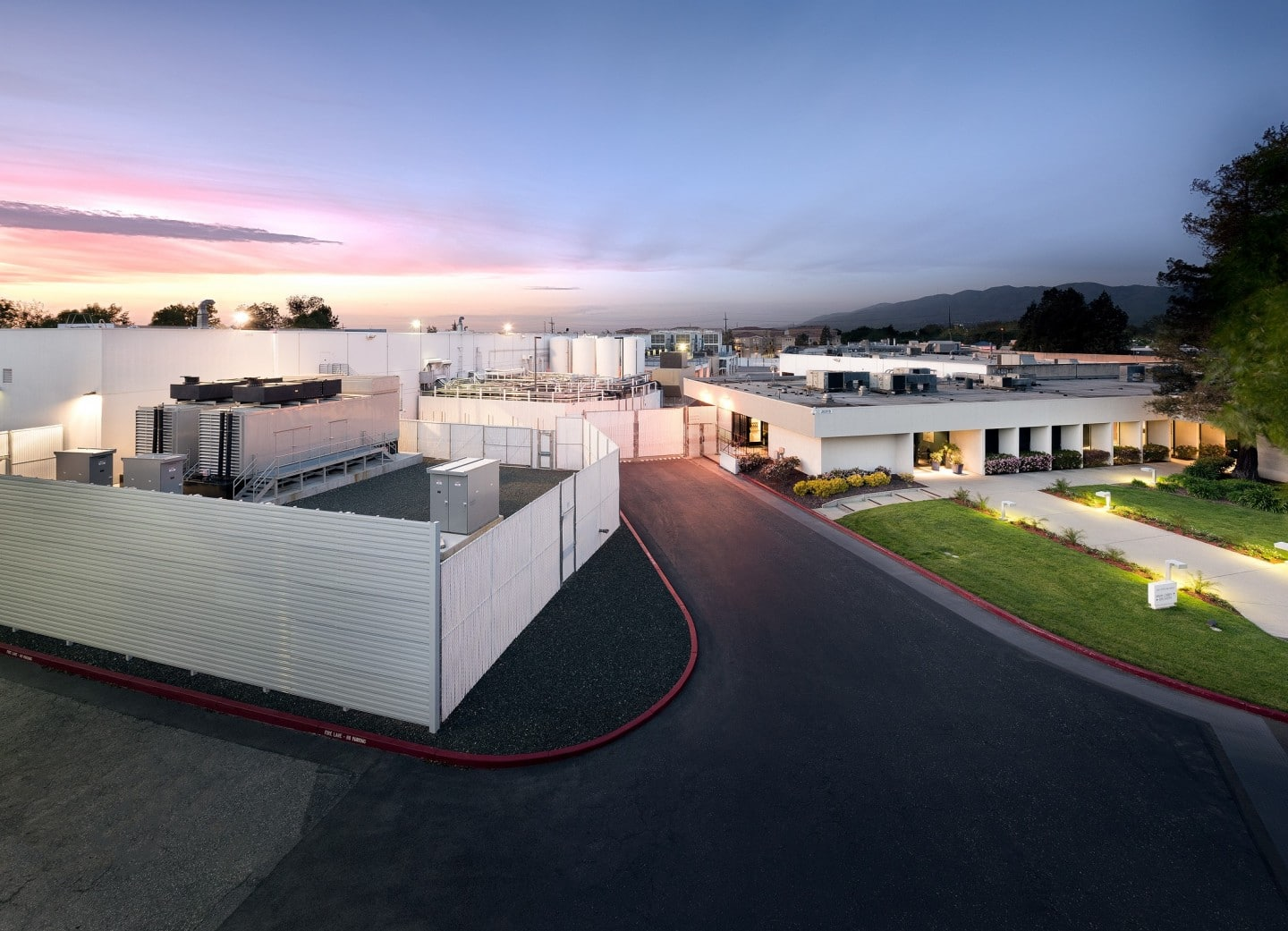 Looking for a Data Center with Renewable Energy in Silicon Valley?